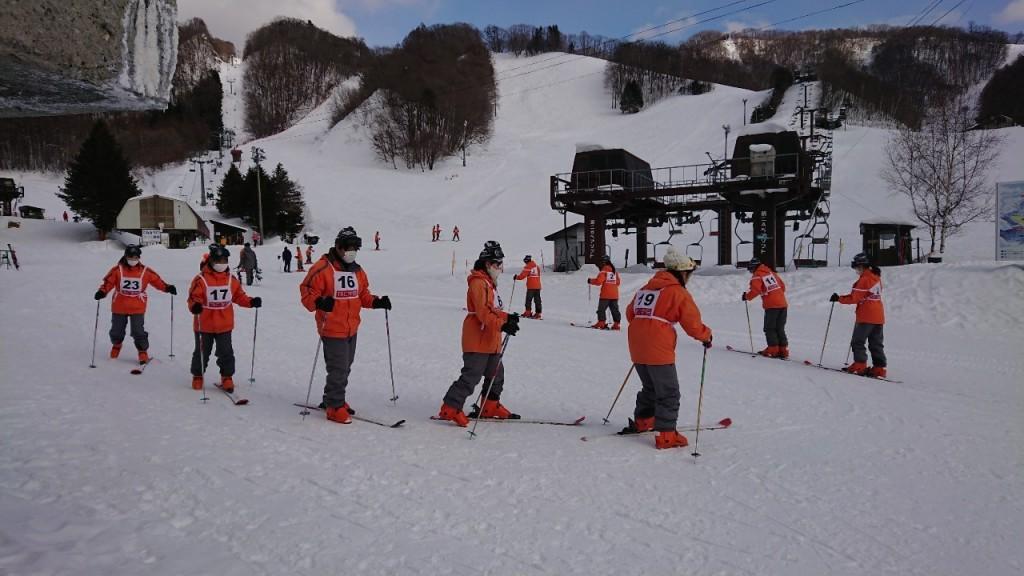 202116,7高等課程2年スキー教室_210108_6