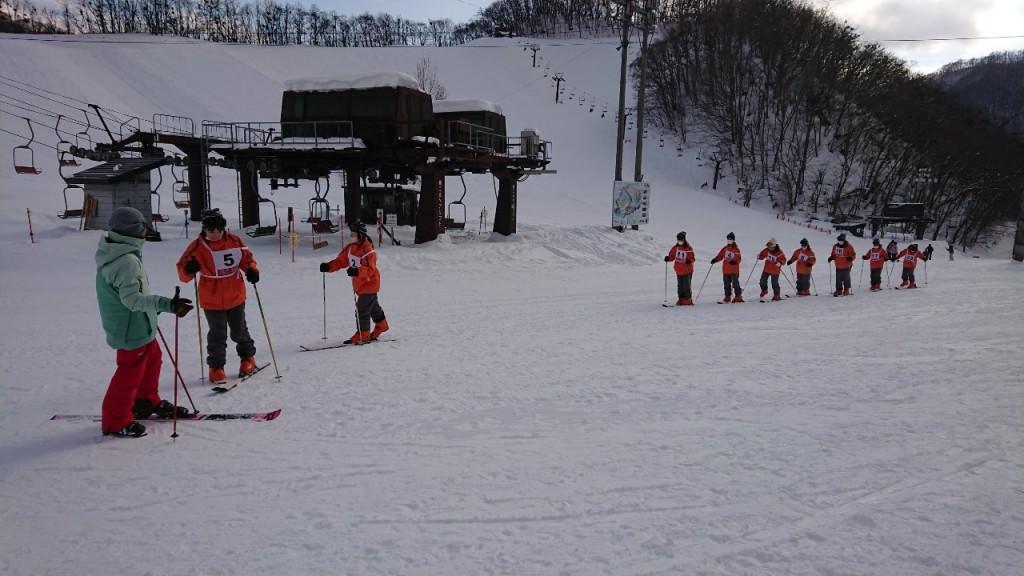 202116,7高等課程2年スキー教室_210108_10